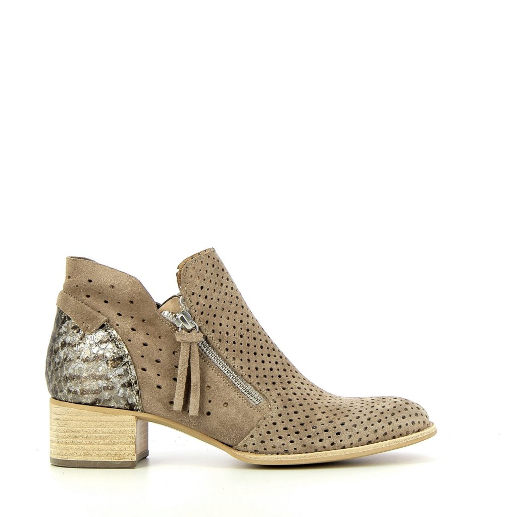 s0657m-taupe
