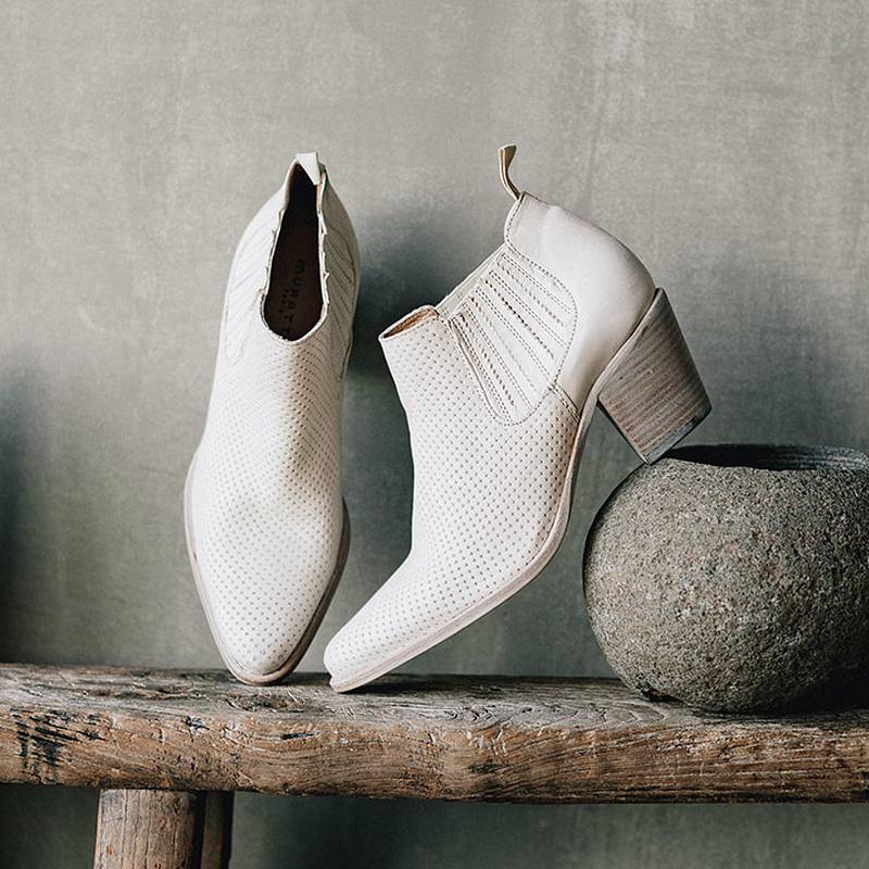 s0670e-ivoire